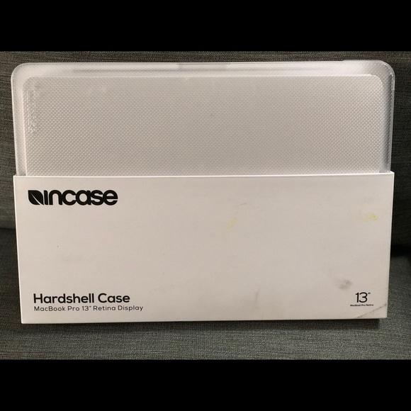 detailed look eb695 9c2bc Incase hardshell case for MacBook Pro NWT